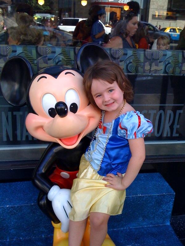 McKEnna Snow White Mickey Mouse
