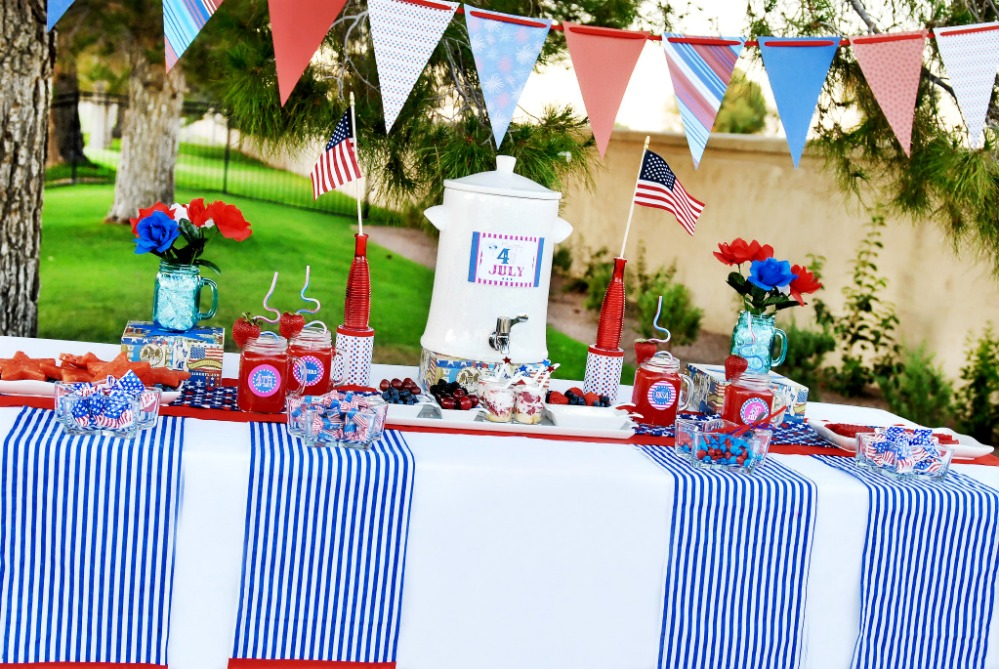 4Th Of July Backyard Party Ideas fourth of july party planning on a budget - savvy sassy moms