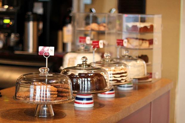 Come On In Cafe La Jolla Desserts