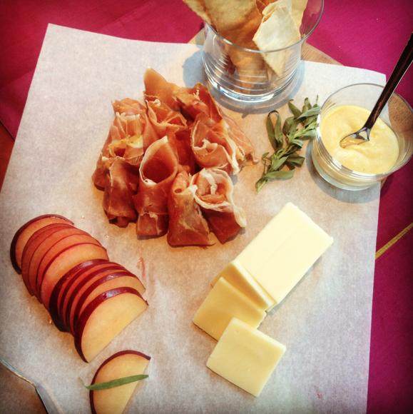 Cracker Barrel Cheese Seasonal pairings