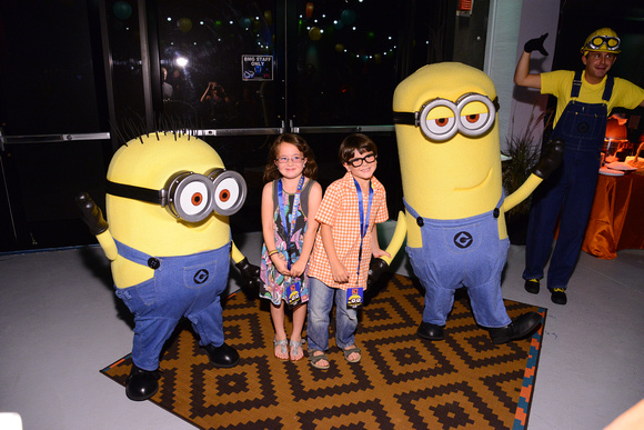 Minion Dance Party with Savvy Sassy Moms Kids