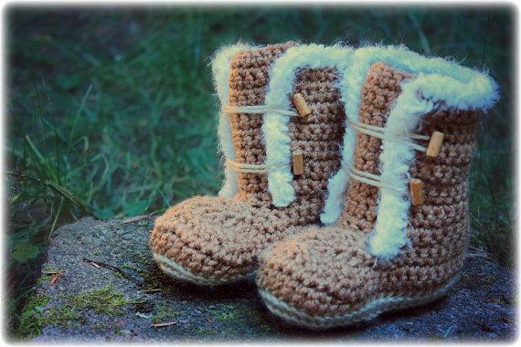 Fur Trim Crochet Booties