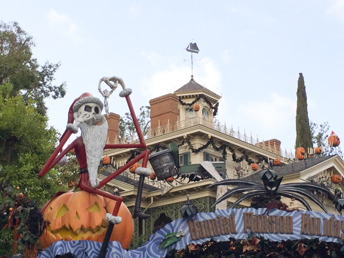 haunted-mansion-jack-skellington