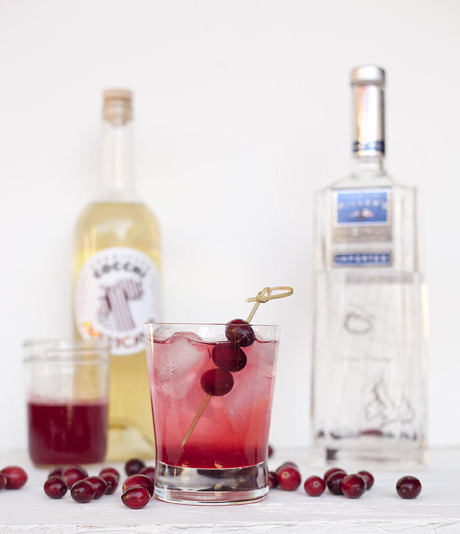 spiced cranberry cocktail