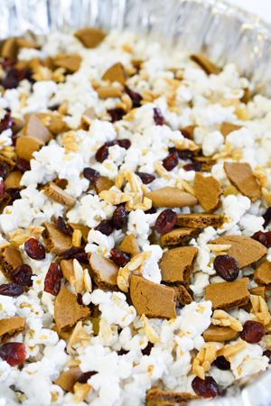 popcorn-with-holiday-flavors-mixed-in