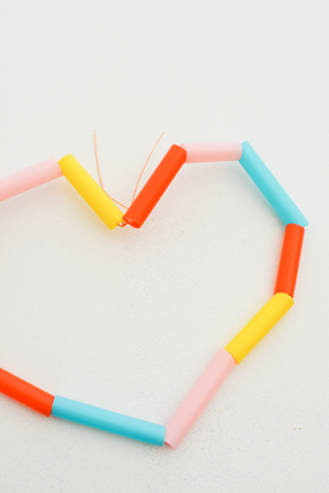 twist wire to close straw hearts