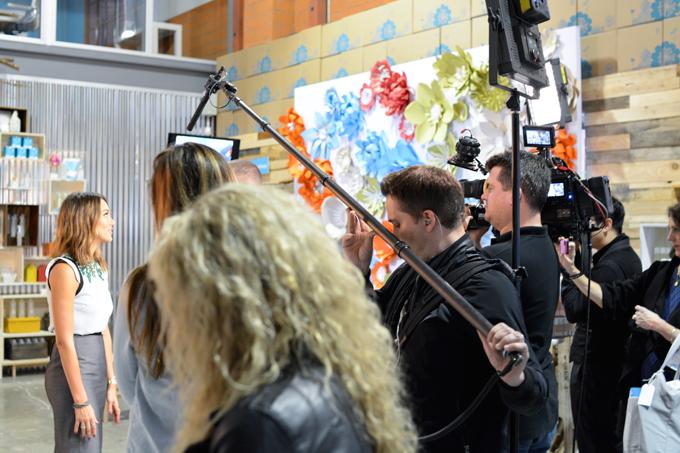 Jessica Alba interviewed for E News