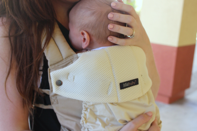 lillebaby wearing