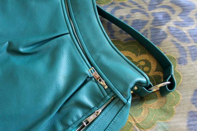 Stylish Laptop Bags by Alesya Bags
