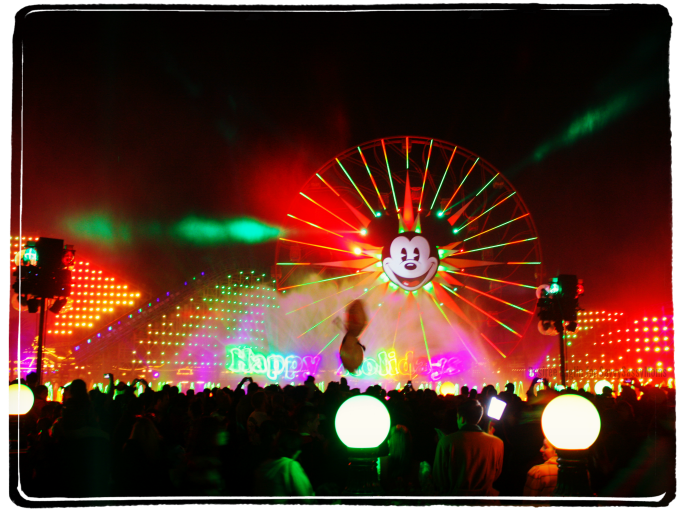 World of Color - Winter Dreams #DisneyHolidays