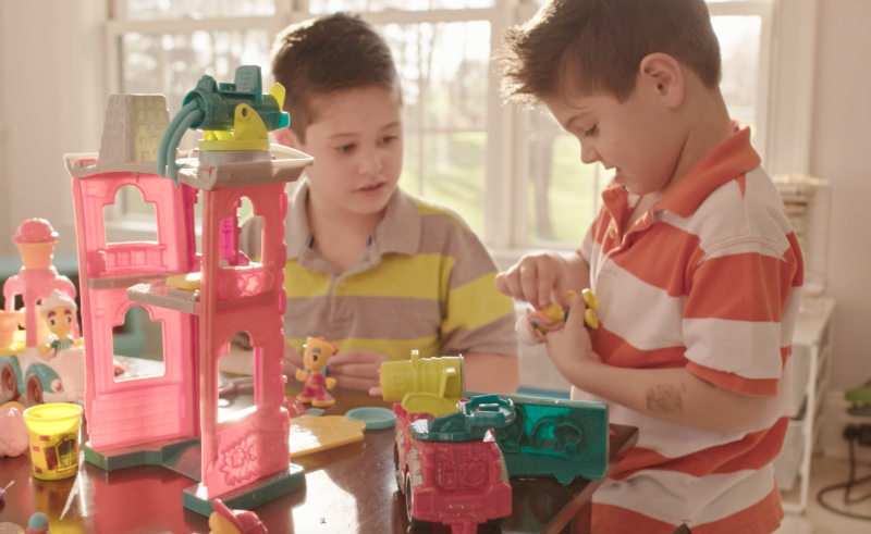 Create Lasting Memories with Play-Doh Town