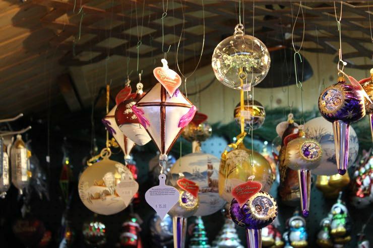 Kris Kringle Village Shopping Denver Colorado