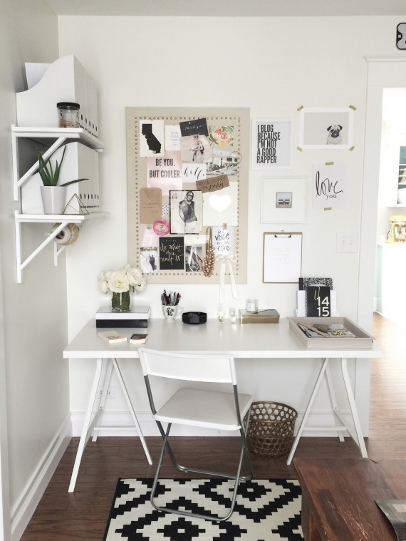 Chic home office inspiration savvy sassy moms for Office inspiration