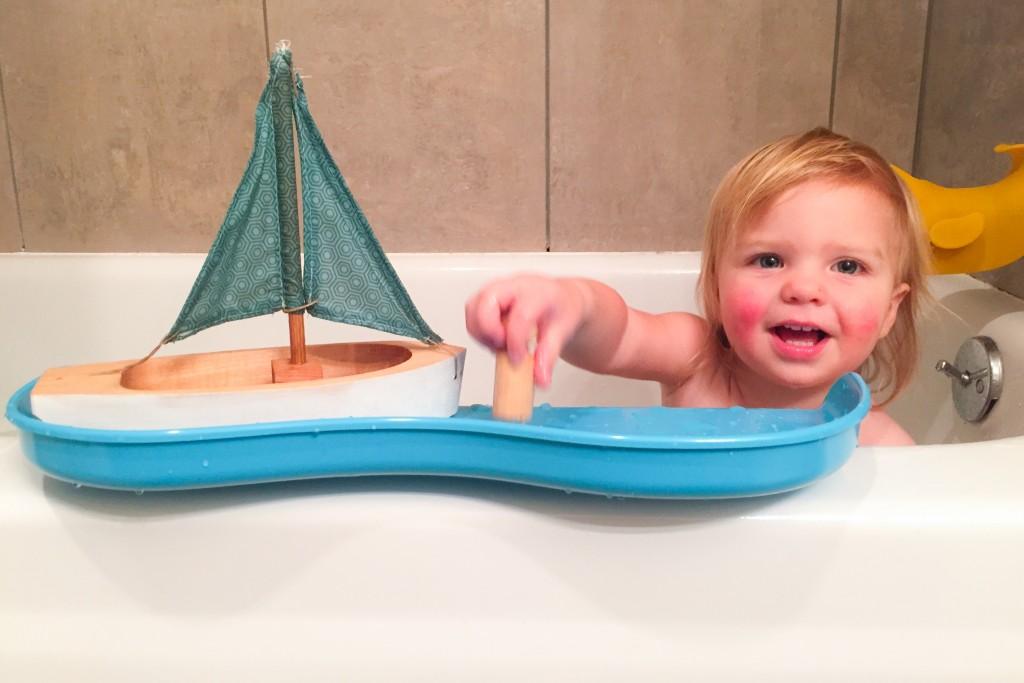 Shelfie for the bathtub