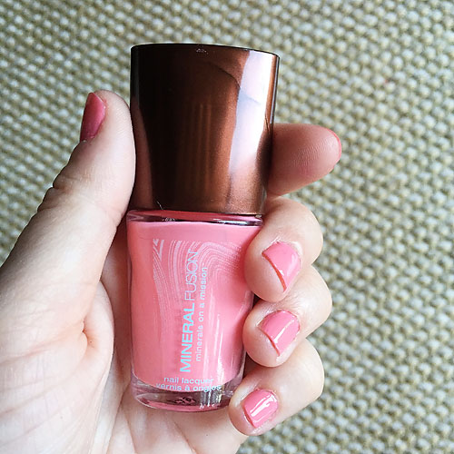 5 Non-Toxic Nail Polishes to Try