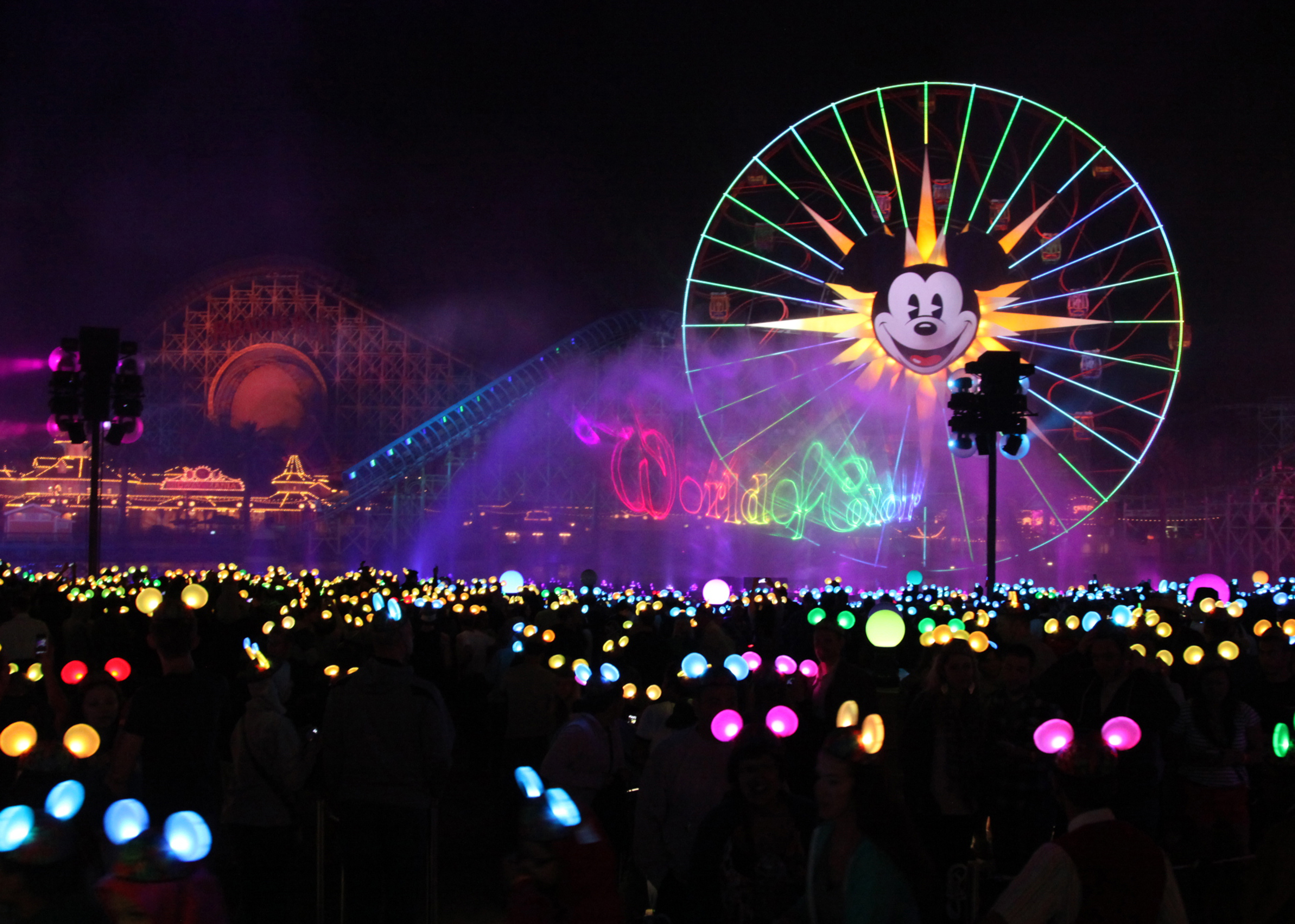NEW! World of Color Show at Disneyland