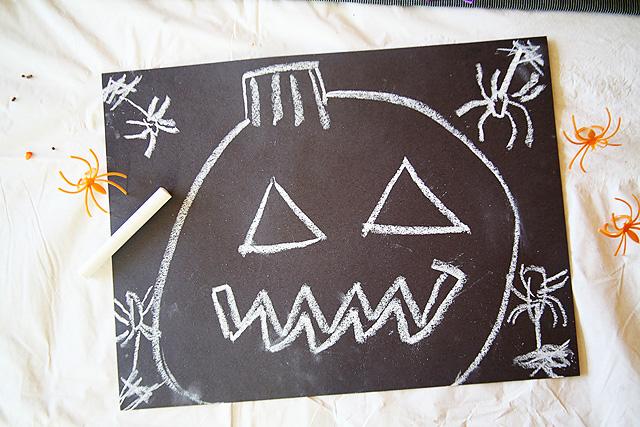 DIY Halloween Place Mats