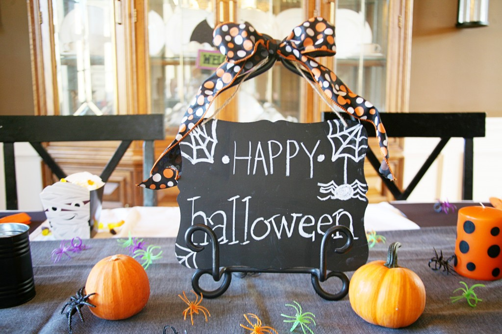 Hosting a Spooky Halloween Dinner for Kids