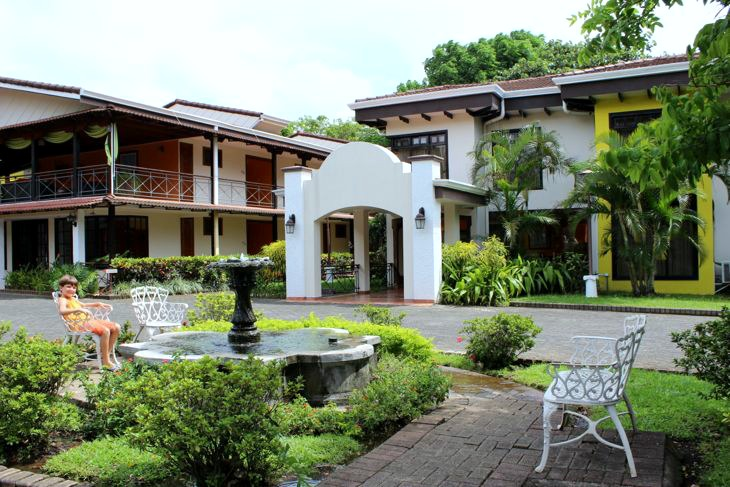 Hotel El Rodeo San Jose Costa Rica Grounds
