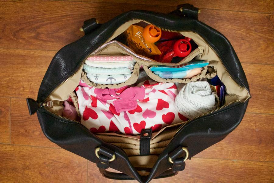 Newlie_Inside_diaper_bag