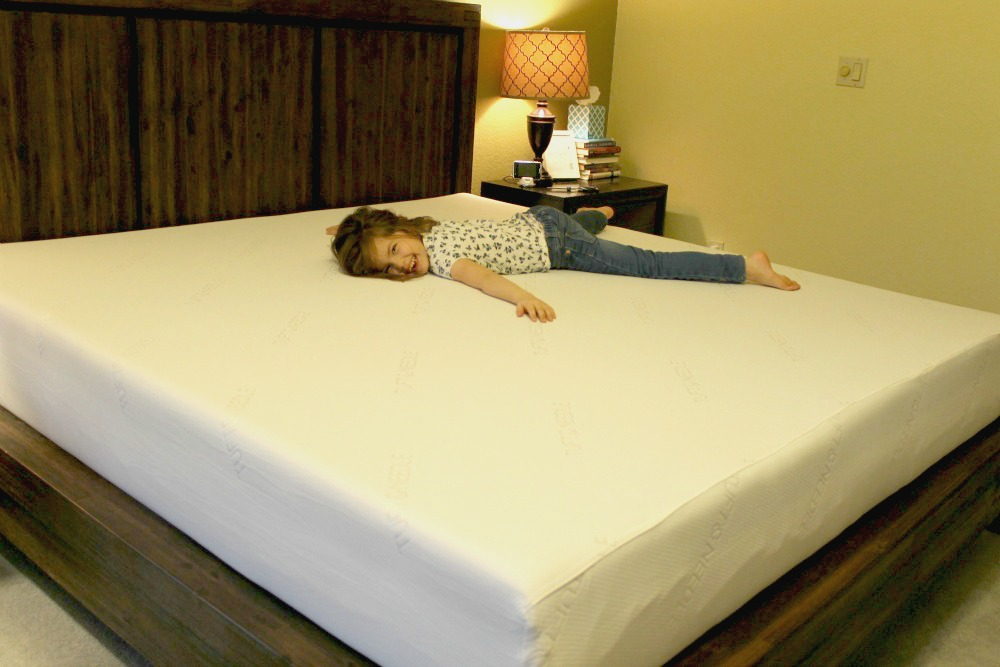 Review of Tuft and Needle Mattresses