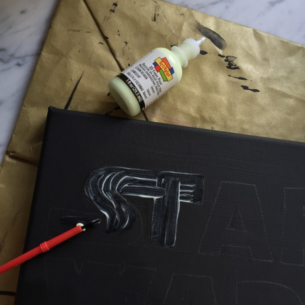How to Paint the Star Wars Logo