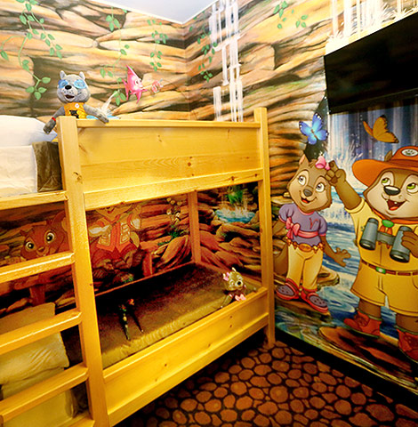 Which Room Should You Choose at Great Wolf Lodge?