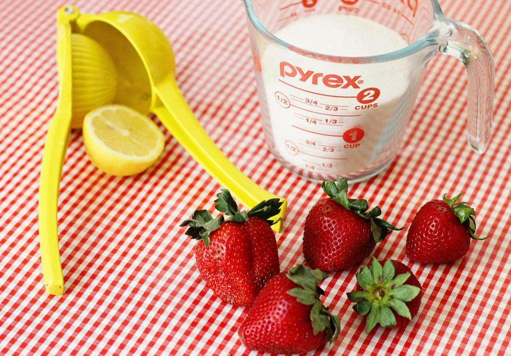 How to Make Homemade Strawberry Preserves