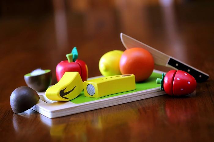 Cubbie Lee Fruit Chopping Set