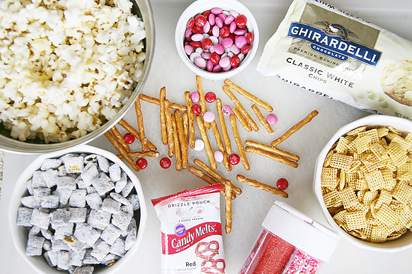 Cupid Crunch Valentine's Day Snack Mix