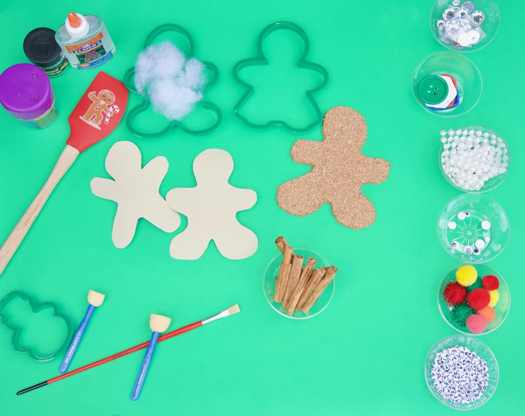 Easy DIY Gingerbread crafts for kids