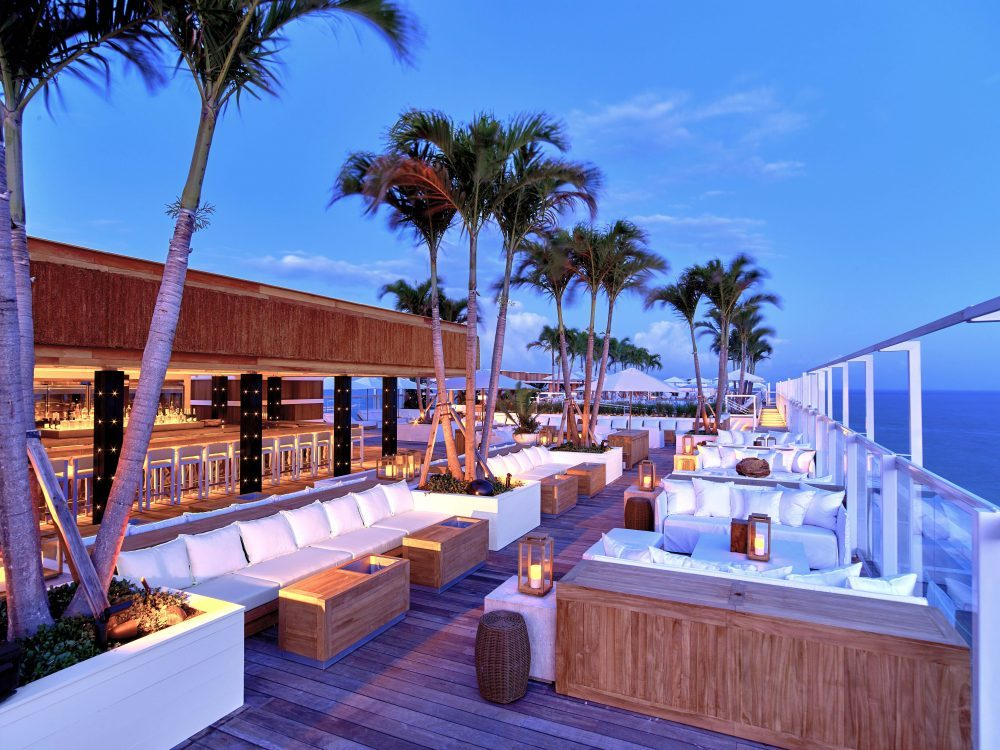 rooftop-bar-lounge-2