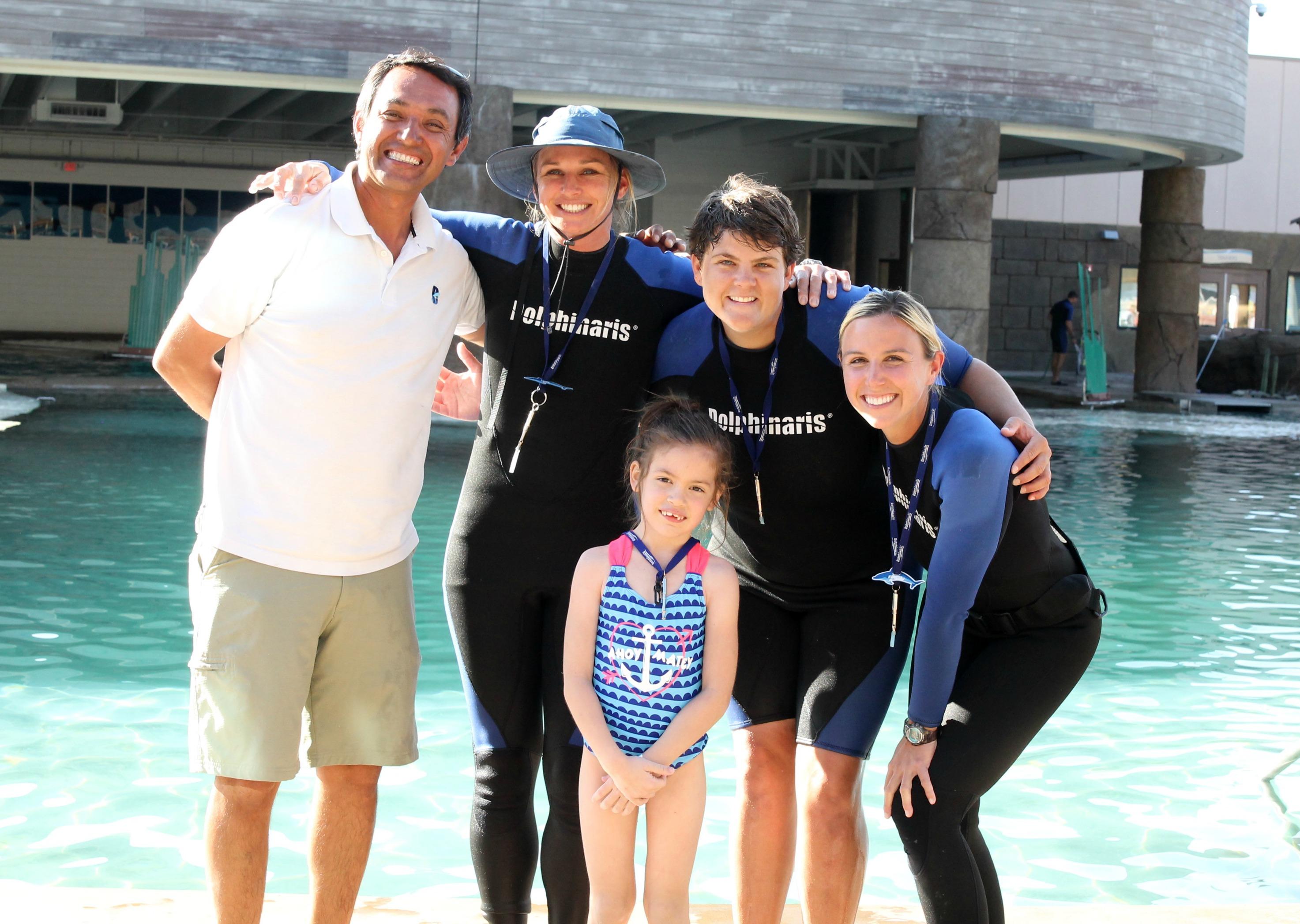 dolphinarius-trainers