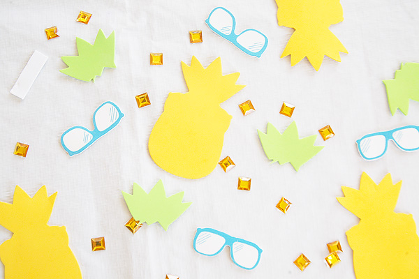 Pineapple party crafts for kids.