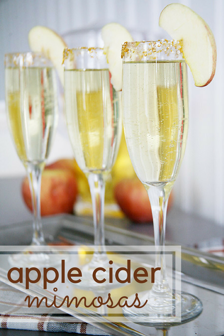 Apple cider mimosa recipe. A yummy and quick drink recipes for fall entertaining.
